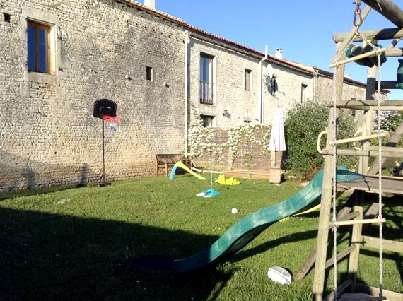 Chez Coco - The Courtyard at St Catherines Image 15