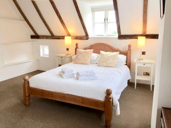 Ensuite King size bedroom