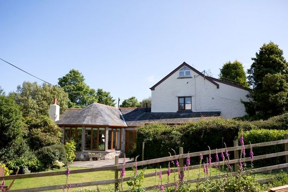 Trelowth Cottages- Seven Image 2
