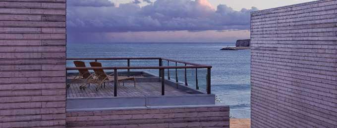 Breathtaking Sea Views (Hotel Rooms & Ocean/Bay Houses)