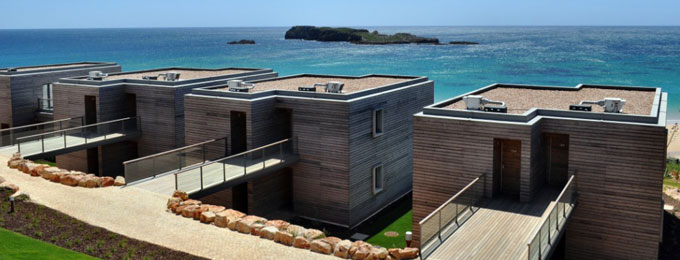 Beach Location - Pictured Beach Suites